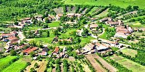 Charlottenburg - satul rotund din România